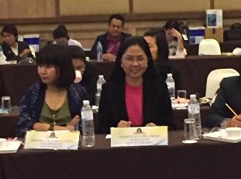 29 -30 พฤศจิกายน 2560 รศ.ดร.นันทิยา น้อยจันทร์คณบดี คณะครุศาสตร์ เข้าร่วมการประชุมเชิงปฏิบัติการจัดทำรายละเอียดโมเดลการผลิตครูสู่วิชาชีพชั้นสูง มหาวิทยาลัยราชภัฏ ณ โรงแรมดิอิมเพรส น่าน