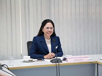 May 22, 2018. Associate Professor Dr. Nantiya Noichan chairs the meeting of the Faculty of Education at meeting room 1124.