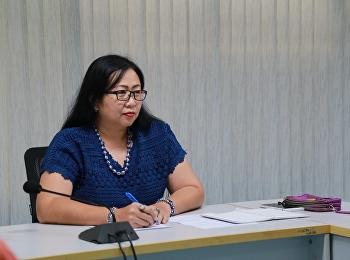 13 มิถุนายน 2561 นางรวินันท์ พระยาน้อย หัวหน้าสำนักงานคณะครุศาสตร์ จัดประชุมเจ้าหน้าที่ทำความสะอาด เพื่อให้การดำเนินการเป็นไปด้วยความเรียบร้อยเกี่ยวกับอาคารและสถานที่ ณ ห้องประชุม 1124