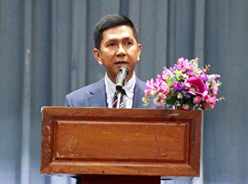 Associate Professor Dr. Ruchet Kerdwichai, President of Suan Sunandha Rajabhat University, welcomed the President of the Dean of the Faculty of Education, Rajabhat University. Professional Dean of the Faculty of Education, Rajabhat University, academic, g